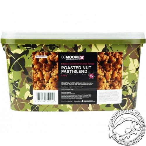 Зерновая смесь с жареным орехом в ведре 2.5кг CCMoore Roasted Nut Partiblend